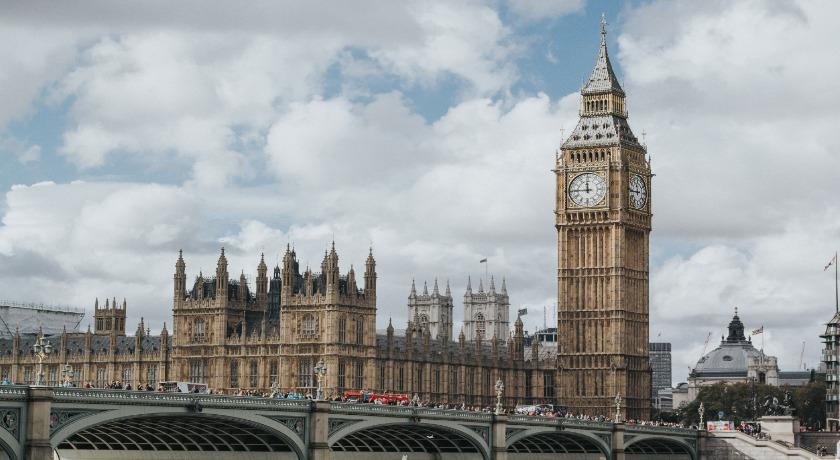 Westminster credit Marchin Nowak Unsplash