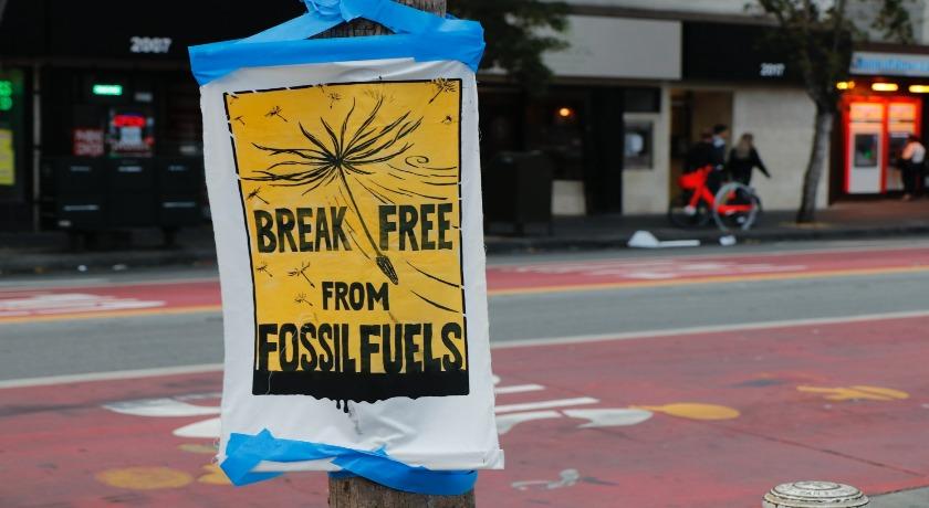 Fossil Fuels credit Eelco Böhtlingk unsplash